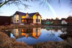 Дом 440 кв. м с прудом, 20 км до КАД. Хиттолово, р-н деревня Хиттолово, площадь дома 440,0кв.м., площадь участка 1 000кв.м., от частного лица (соб...