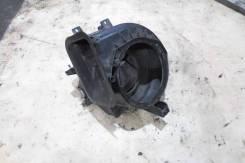 Корпус моторчика печки Nissan Vanette