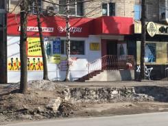 Продам нежилое помещение на красной линии, с арендатором. Улица Ленинградская 34, р-н Центральный, 44,0кв.м.