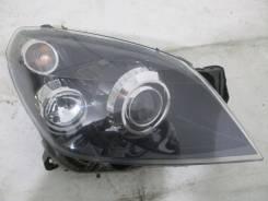 Фара передняя правая Opel Astra H Hella 16020200 ксенон черный фон