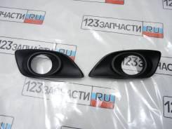 Ободок туманки правой Toyota Avensis AZT251