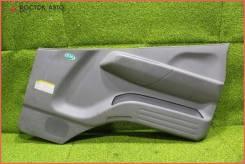 Обшивка двери FR Mitsubishi Canter FE70BB (MK403728), правая передняя
