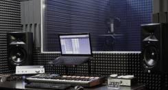 Студии звукозаписи.