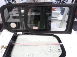 Стекло собачника Toyota Probox левое 6272052120