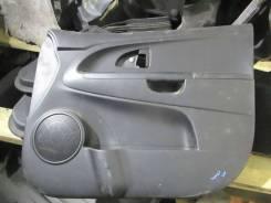 Обшивка двери передней правой KIA Venga