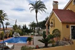 Шикарная вилла в средиземноморском стиле в Испании