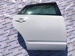 Дверь правая задняя цвет белый 040 Toyota Prius NHW20