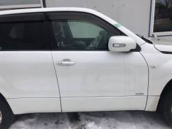 Дверь правая передняя Suzuki Escudo/ Grand Vitara TD54W, TD94W, TDA4W