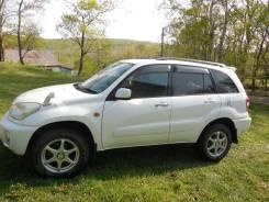 Toyota RAV4. автомат, передний, 1.8 (125л.с.), бензин, 172 000тыс. км