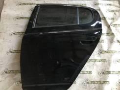 Дверь задняя левая на Toyota Vitz