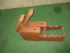Бордачок между сидениями Infiniti FX35 S50 VQ35DE