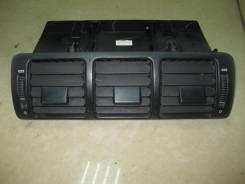 Решетка вентиляционная. Mercedes-Benz M-Class, W163 M111E23, M112E32, M113E43, OM612DELA