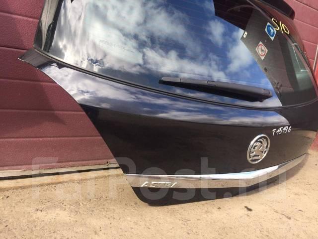 Крышка багажника черная Opel Astra H 5d hatchback