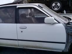 Продам переднюю дверь L/R на Toyota Carina