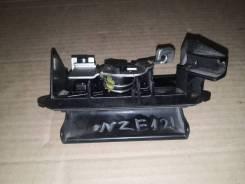 Ручка открытия багажника, Toyota Allex, NZE121, №: 69023-13010