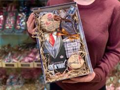 Мужской подарок Арт 31.074 Чай, Кофе, Бельгийский шоколад, Сладости!