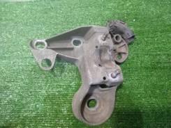 Kронштeйн опоpы двигателя правый Аudi A4 В5