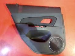 Обшивка дверей Chevrolet, левая задняя