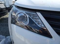 Фара правая Toyota Avensis III ZRT272 2013г. в Рестайлинг. Ксенон.
