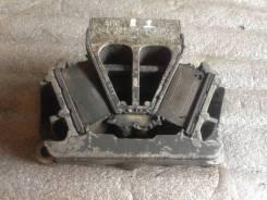 Опора двигателя Мерседес Актрос Mercedes Actros MP1 9412415113