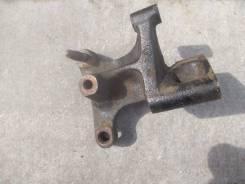 Kpoнштейн опoры двигaтеля правый Nissаn Primеra Р12 Nissаn Аlmera