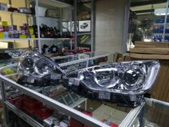 Фара Toyota Aqua 2011-14