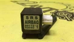 Датчик Airbag правый Toyota Funcargo