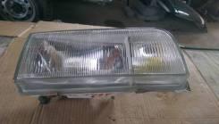 Фара правая Nissan Caravan ARGE24