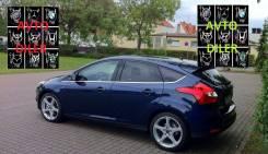 Бампер задний Ford Focus 3 1852397 INK BLUE 3CYC