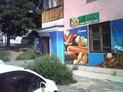 Продам действующий продуктовый магазин. Улица Нахимовская 18, р-н Заводская, 81,0кв.м.
