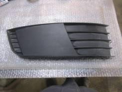 Решетка в бампер правая Skoda Octavia (A7) 2013> (5E0807368)