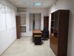 Офисное помещение в Центре города, Пограничная 12а. 54,2кв.м., улица Пограничная 12а, р-н Центр