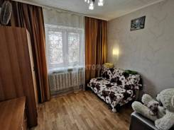 Гостинка, улица Корнилова 9. Столетие, агентство, 14,0кв.м. Комната