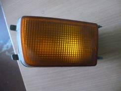 Указатель поворота в бампер правый желтый Golf III/Vento 1991-1997