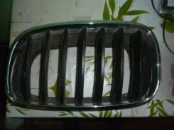 Решетка радиатора левая для BMW X5 E70 2007-2013