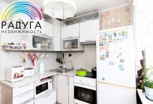 3-комнатная, улица Баляева 42. Баляева, проверенное агентство, 59,4кв.м.