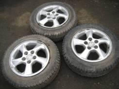 Продам 3 колеса на Mazda
