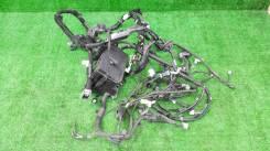 Коса под капот Toyota Prius ZVW-30 2010 1F7