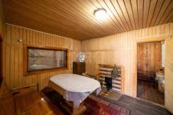 Банька на дровах с веником. Частная территория. Чистая, уютна, горяча.
