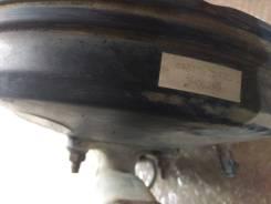 Главный тормозной цилиндр ваккумник Toyota Corona 4720120810