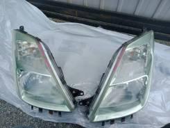Фара левая ксенон Toyota Prius NHW20