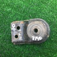 Подушка (опора) радиатора Mitsubishi Mitsubishi Carisma (DA) 1999-2003 [MR266941]