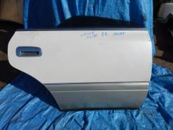 Дверь задняя правая на Toyota Crown JZS155 Конт1