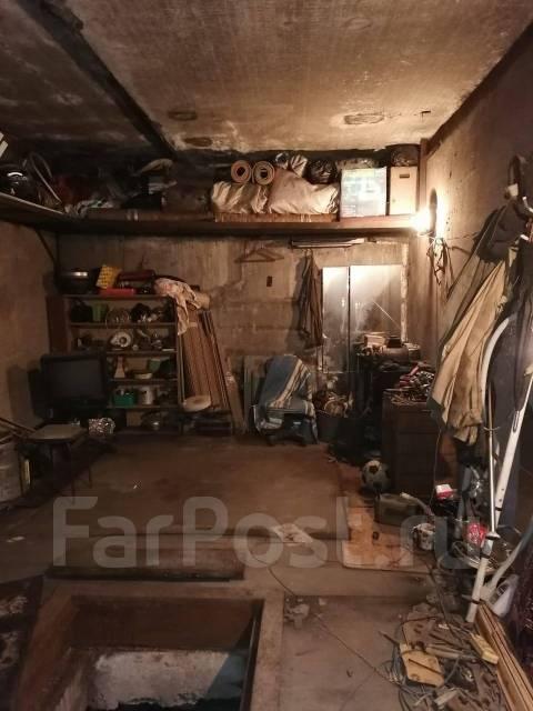 Боксы гаражные. улица Добровольского 37, р-н Тихая, 39,0кв.м., электричество, подвал. Вид изнутри