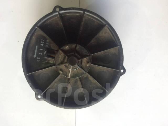 Мотор отопителя салона (Моторчик печки) Toyota Mark II