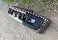 Бампер передний Toyota Hiace 167