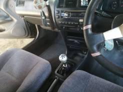 Toyota Corolla. механика, передний, 2.0 (100л.с.), бензин, 110 000тыс. км