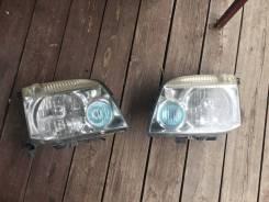 Оригинальные Фары ксенон от Nissan x-trail T30