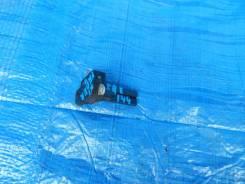 Датчик расхода воздуха Toyota Fielder ZRE144 Конт1 22204-31020