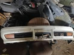Бампер передний Toyota MARK II sx80